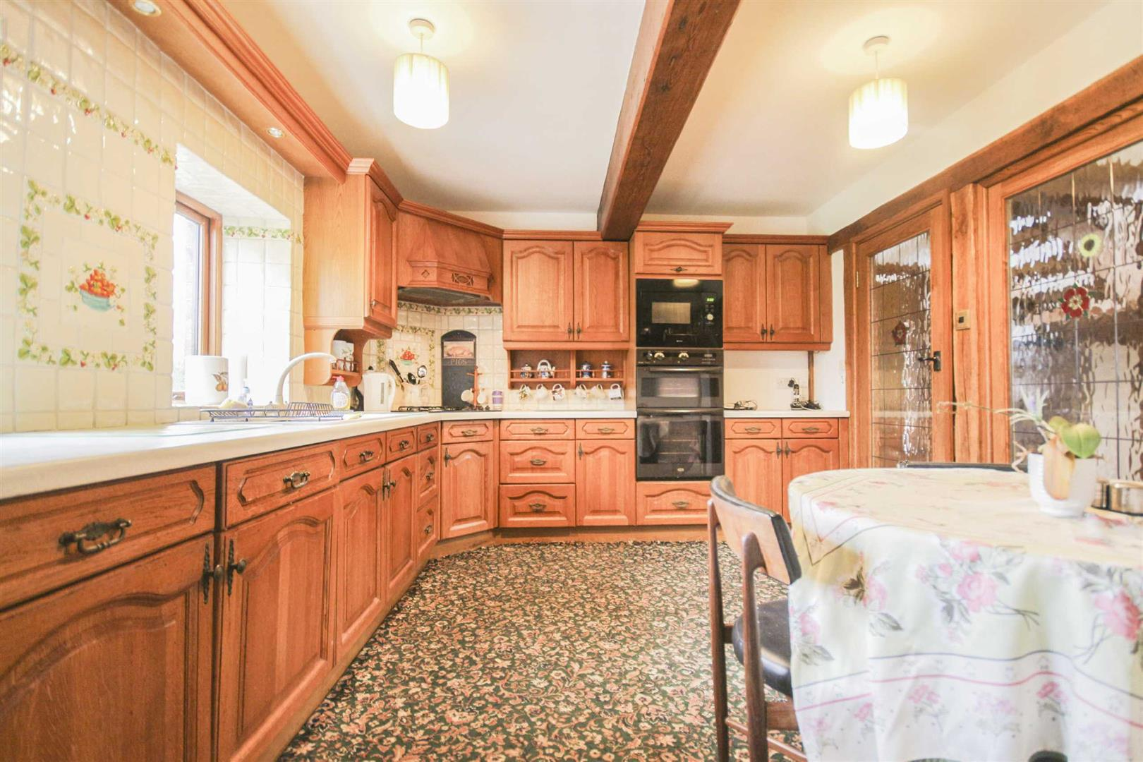 3 Bedroom Barn Conversion For Sale - Image 5